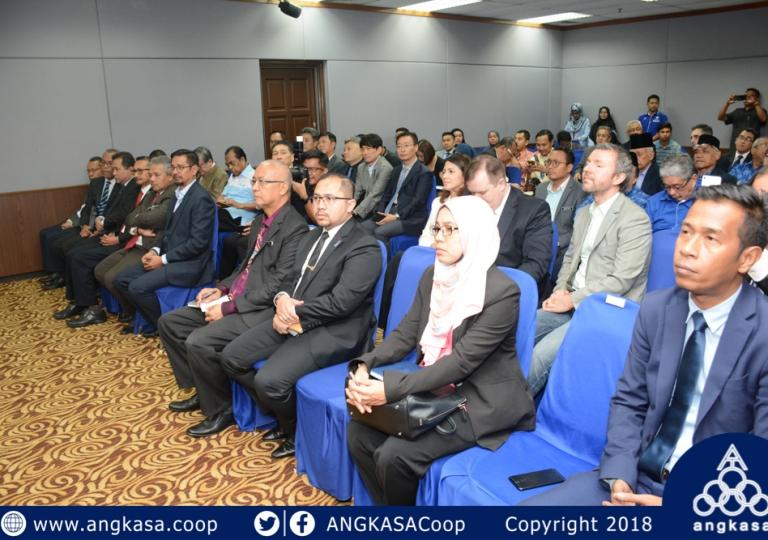 Majlis Pertukaran MOC di antara MyANGKASA Holdings Sdn Bhd dengan ASN Mobile Sdn Bhd
